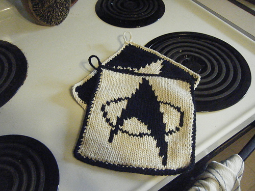 Off The Hook Astronomy Star Trek Pot Holders Free Pattern