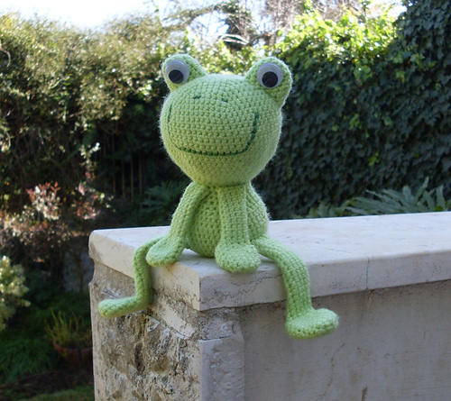 Anything Knitted and Crocheted: Some Frog Patterns....(Image Heavy