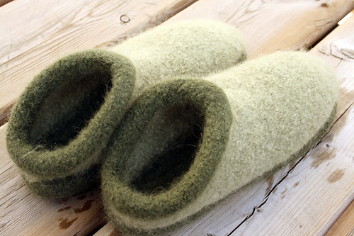 Free Crochet Pattern For Clog Slippers ~ Dancox for .