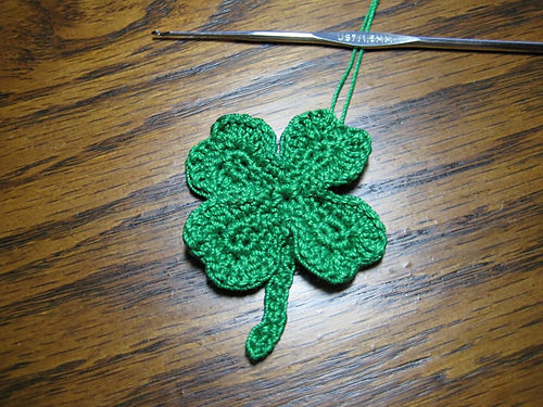 Shamrock Washcloth - Free Knitting Pattern for a Shamrock Washcloth